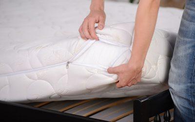 Jak prawidłowo prać pokrowiec na materac?