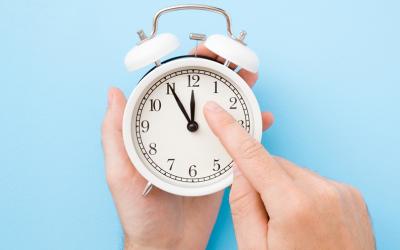 Jak zmiana czasu na zimowy, wpływa na nasz organizm i jakość snu?