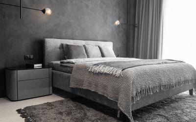 Łóżko z pojemnikiem na pościel – czy warto?